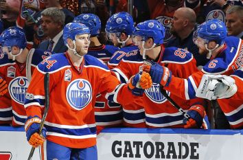 10011876-nhl-stanley-cup-playoffs-san-jose-sharks-at-edmonton-oilers-850x560