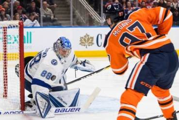 lightning_oilers_hockey_30237-4e3e8